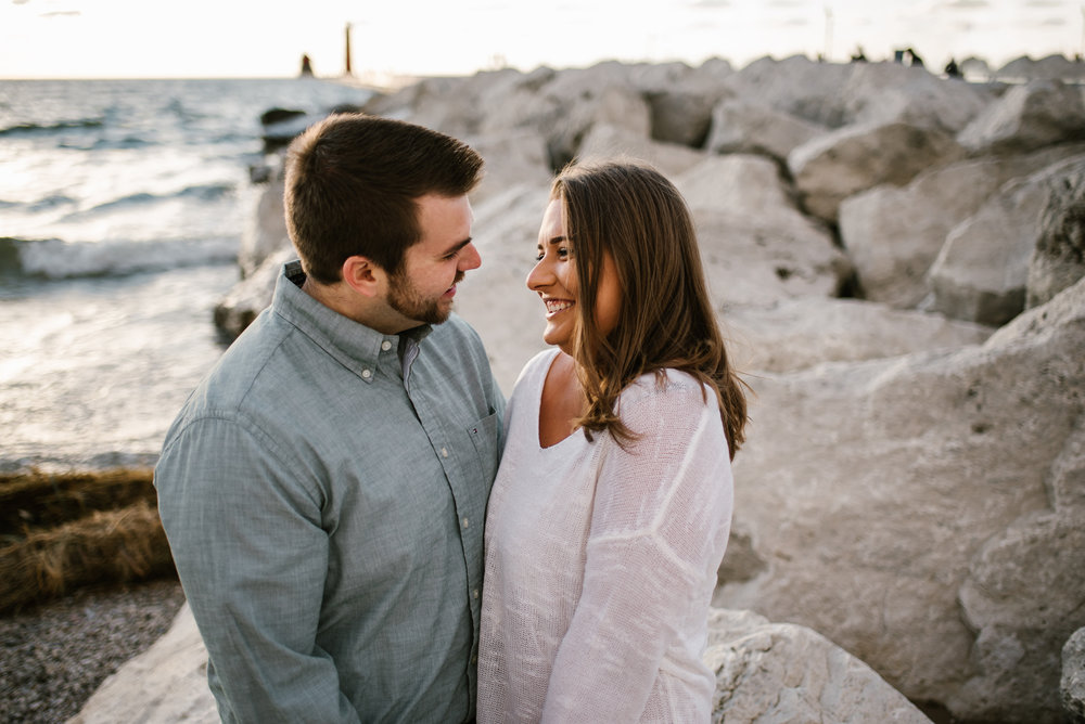 grand-haven-michigan-engagement-photographer-sydney-marie (74).jpg
