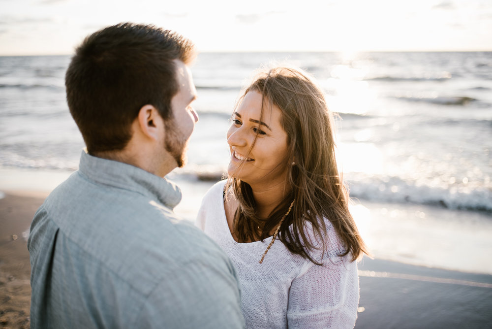 grand-haven-michigan-engagement-photographer-sydney-marie (85).jpg