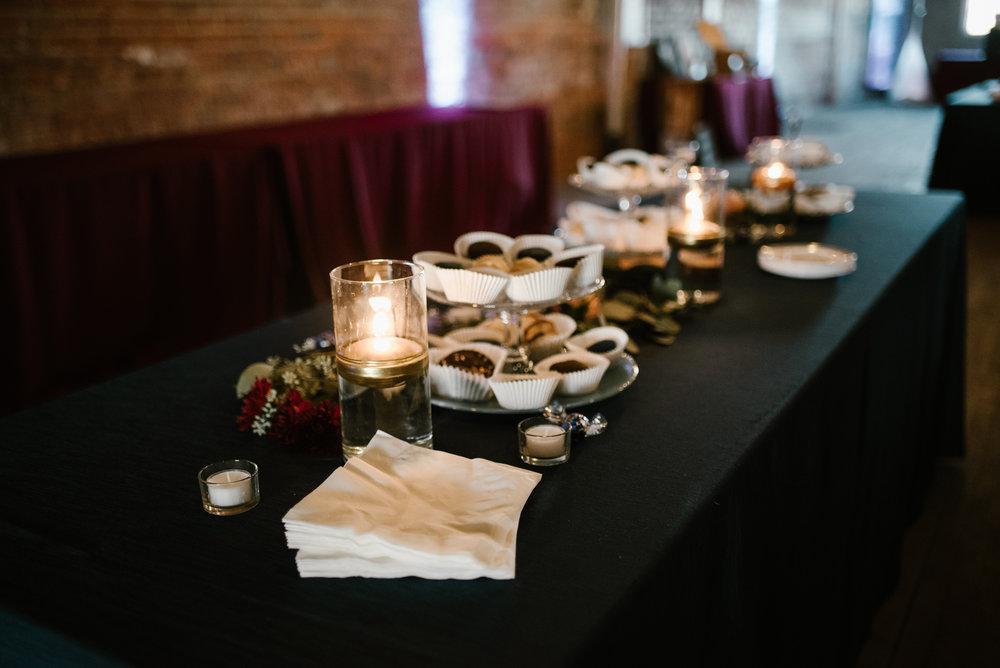 detroit-michigan-eastern-market-loft-wedding-sydney-marie (21).jpg