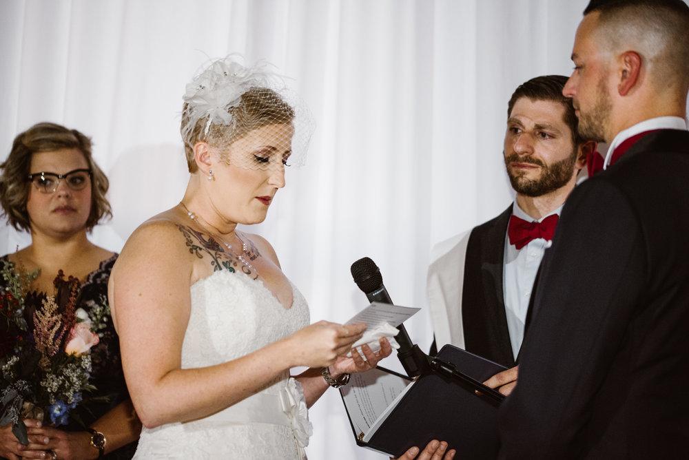 detroit-michigan-eastern-market-loft-wedding-sydney-marie (131).jpg