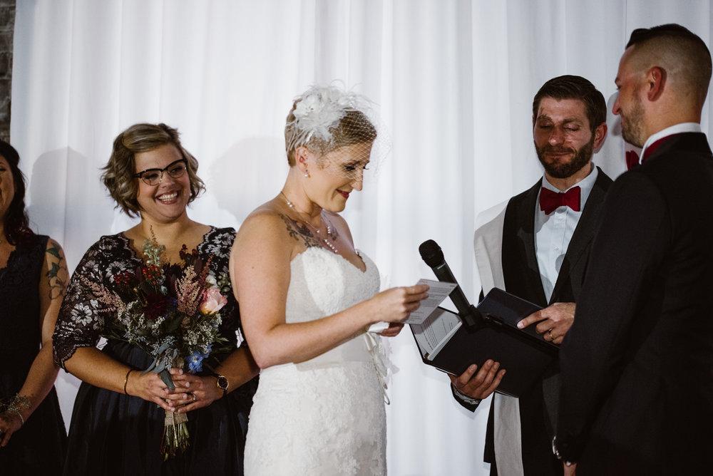 detroit-michigan-eastern-market-loft-wedding-sydney-marie (139).jpg