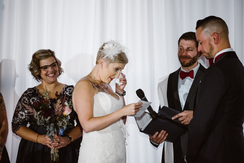 detroit-michigan-eastern-market-loft-wedding-sydney-marie (140).jpg