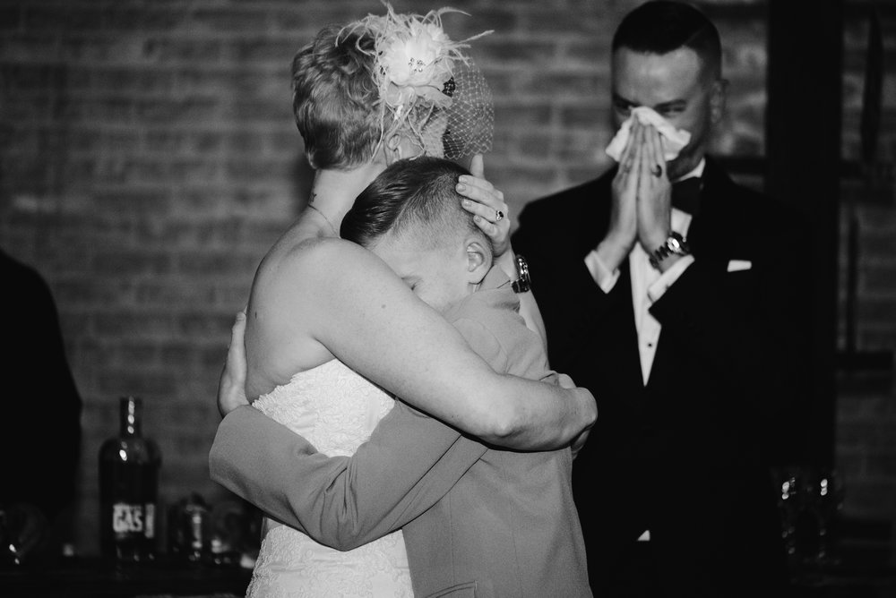 detroit-michigan-eastern-market-loft-wedding-sydney-marie (180).jpg