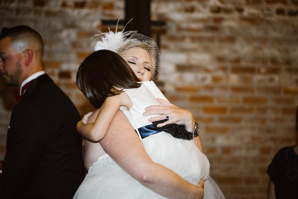 detroit-michigan-eastern-market-loft-wedding-sydney-marie (181).jpg