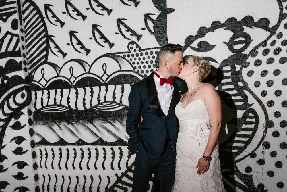 detroit-michigan-eastern-market-loft-wedding-sydney-marie (451).jpg