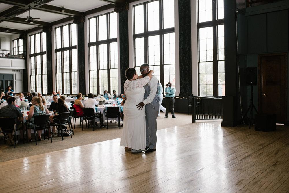 holland-michigan-lgbtq-wedding-midtown-center-wedding-photographer-sydney-marie-311.jpg