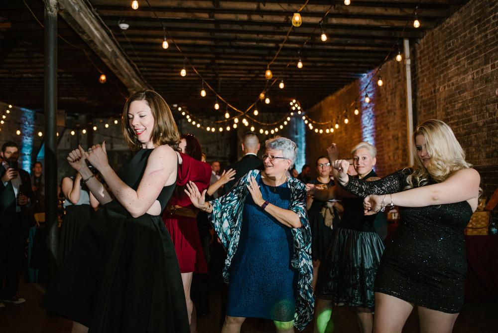 eastern-market-detroit-michigan-dancing-photos-sydney-marie (10).jpg