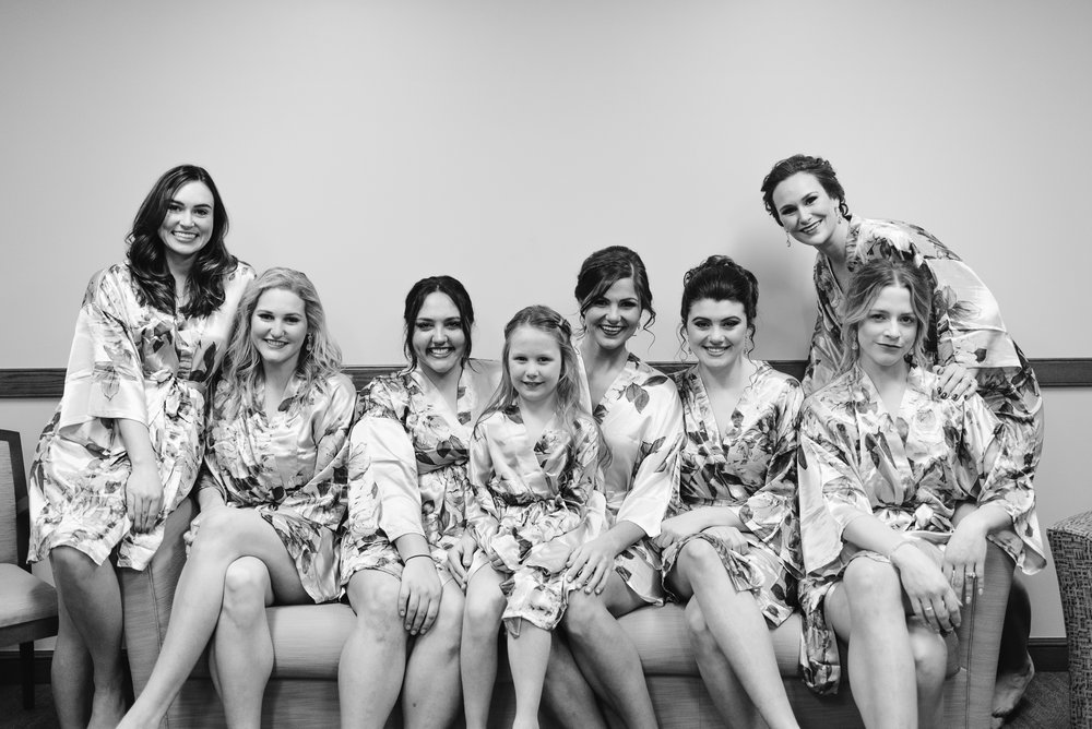 Bride and bridesmaids together for picture