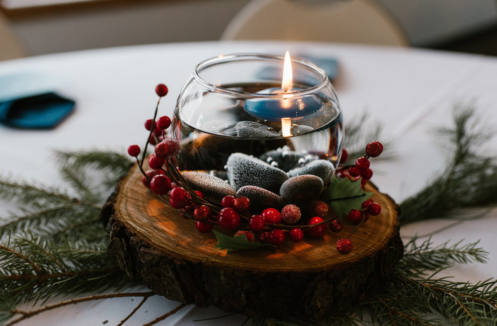 winter wedding table centerpiece