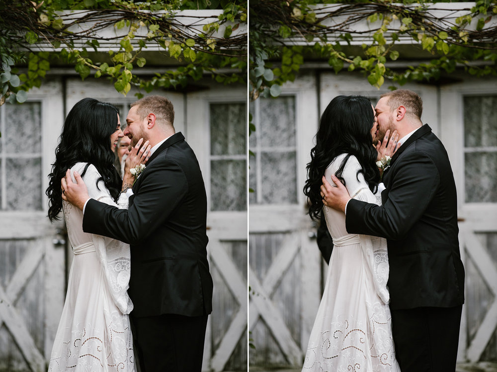 benton-harbor-blue-dres-barn-first-kiss.jpg