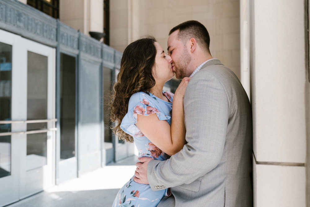 downtown-grand-rapids-michigan-engagement-photographer-spring-sydney-marie (109).jpg