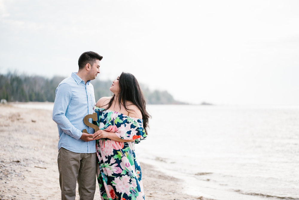 charlevoix-michigan-beach-engagement-session-sydney-marie-northern-michigan-photographer (66).jpg