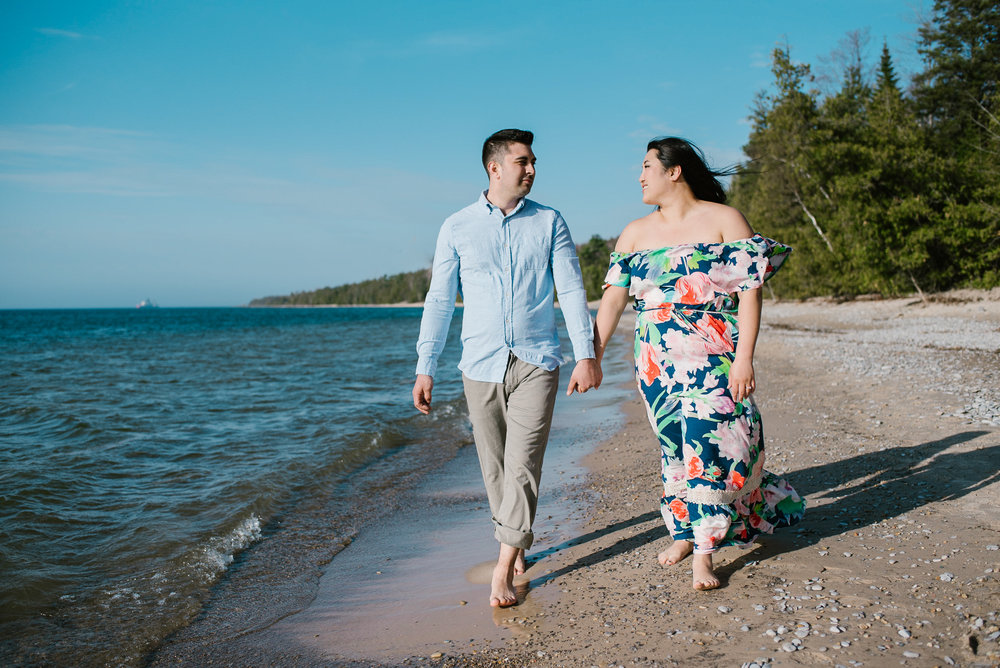 charlevoix-michigan-beach-engagement-session-sydney-marie-northern-michigan-photographer (131).jpg