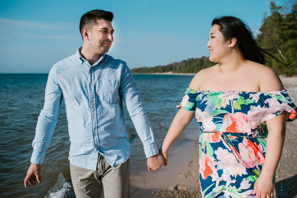 charlevoix-michigan-beach-engagement-session-sydney-marie-northern-michigan-photographer (135).jpg