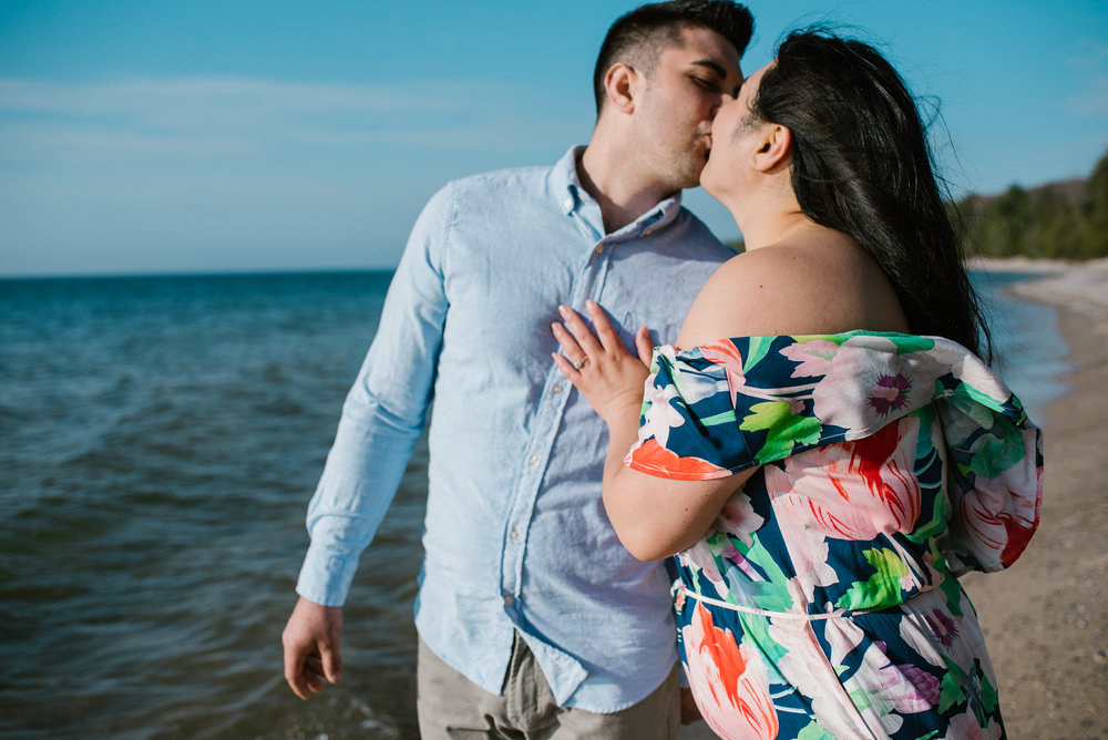 charlevoix-michigan-beach-engagement-session-sydney-marie-northern-michigan-photographer (138).jpg