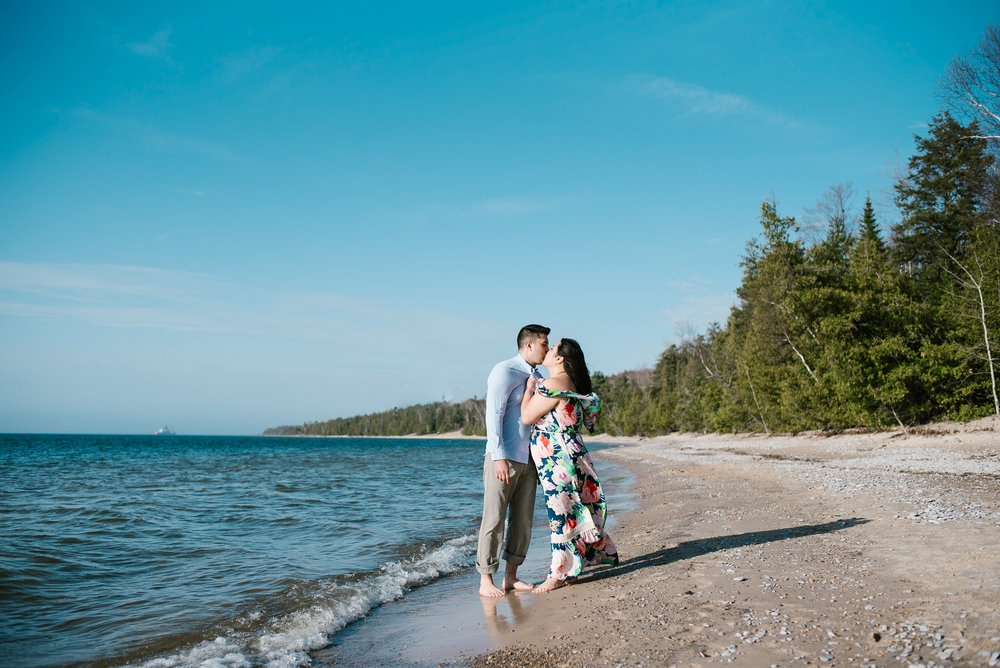 charlevoix-michigan-beach-engagement-session-sydney-marie-northern-michigan-photographer (139).jpg