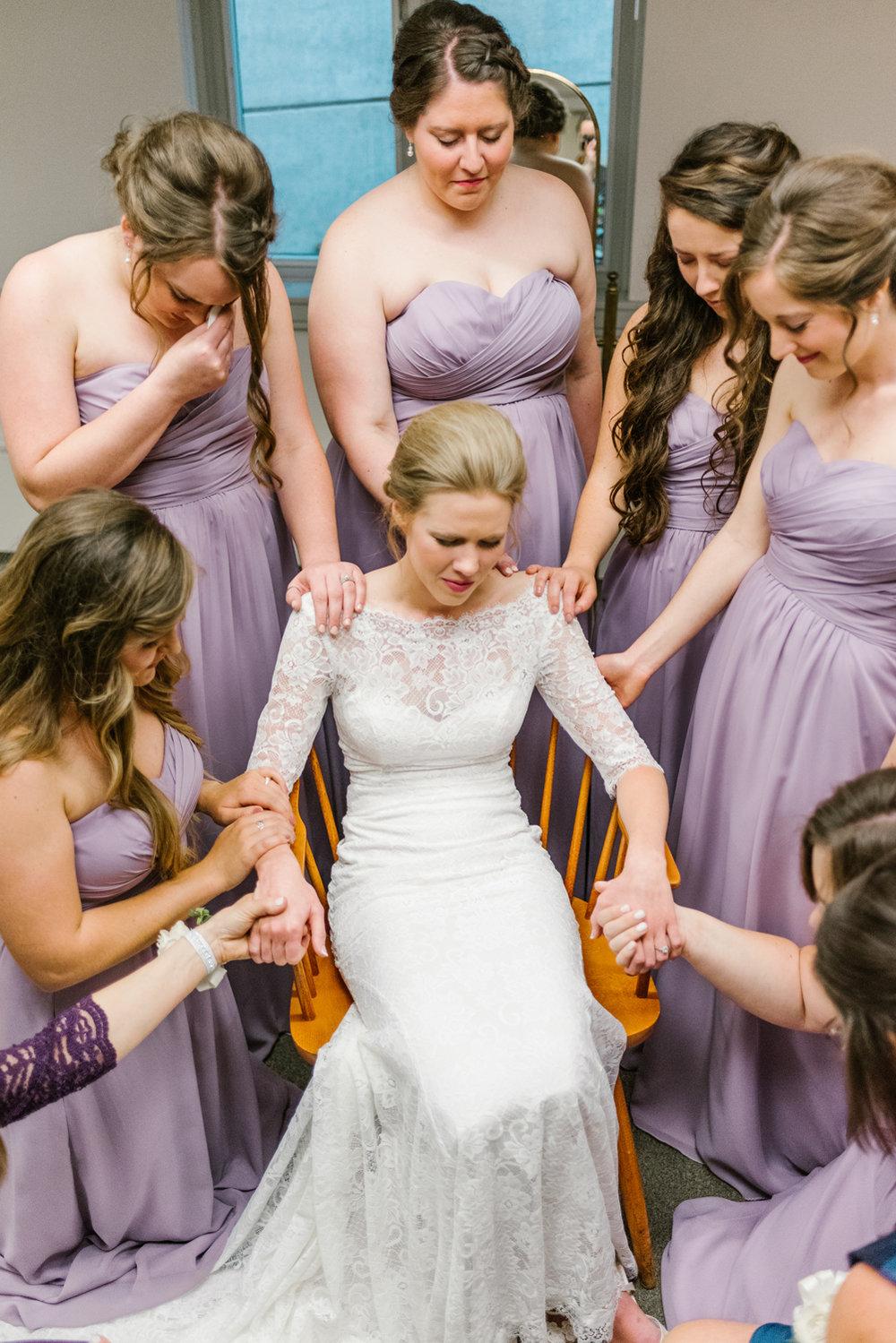 bloomington-Illinois-Wesleyan University-wedding-photographer (98).jpg