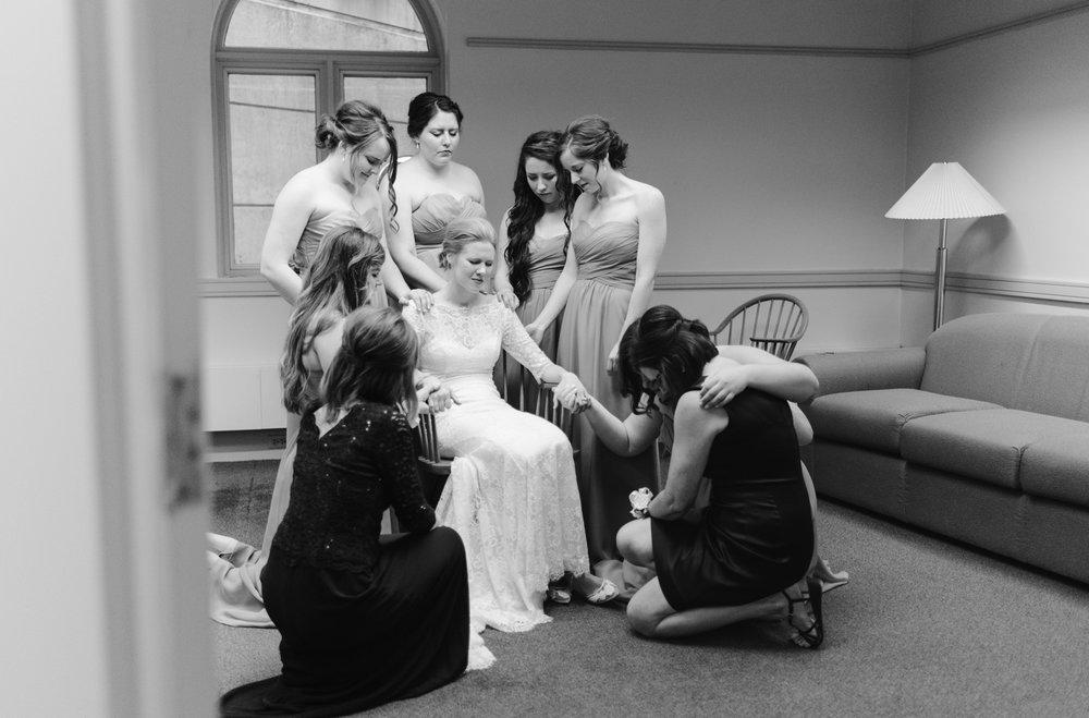 bloomington-Illinois-Wesleyan University-wedding-photographer (108).jpg