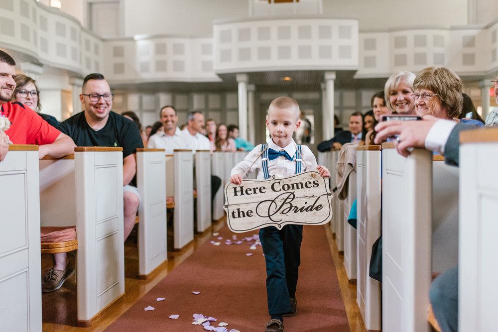 bloomington-Illinois-Wesleyan University-wedding-photographer (140).jpg