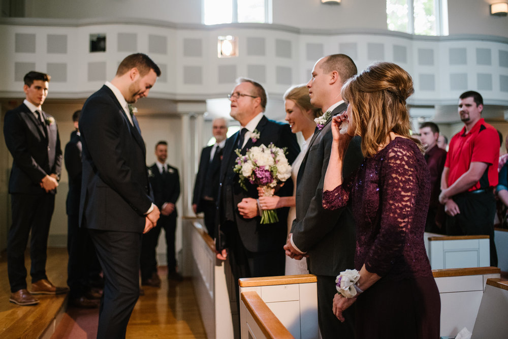bloomington-Illinois-Wesleyan University-wedding-photographer (150).jpg