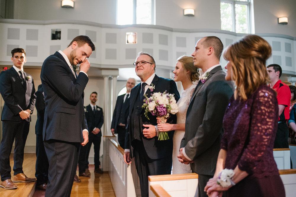 bloomington-Illinois-Wesleyan University-wedding-photographer (151).jpg