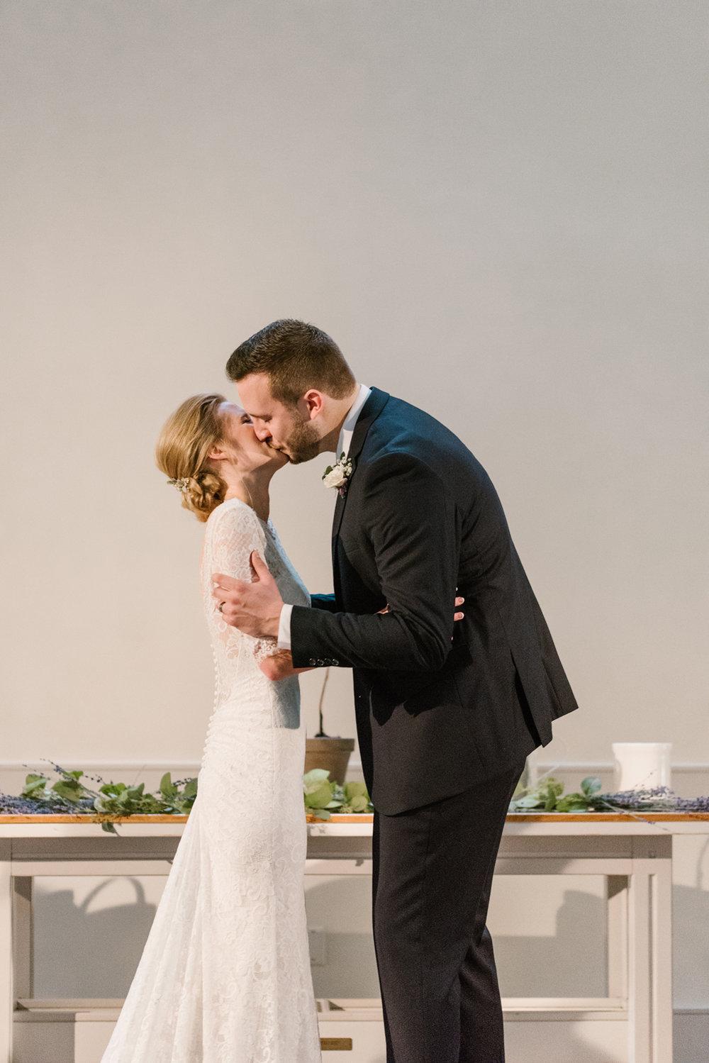 bloomington-Illinois-Wesleyan University-wedding-photographer (237).jpg