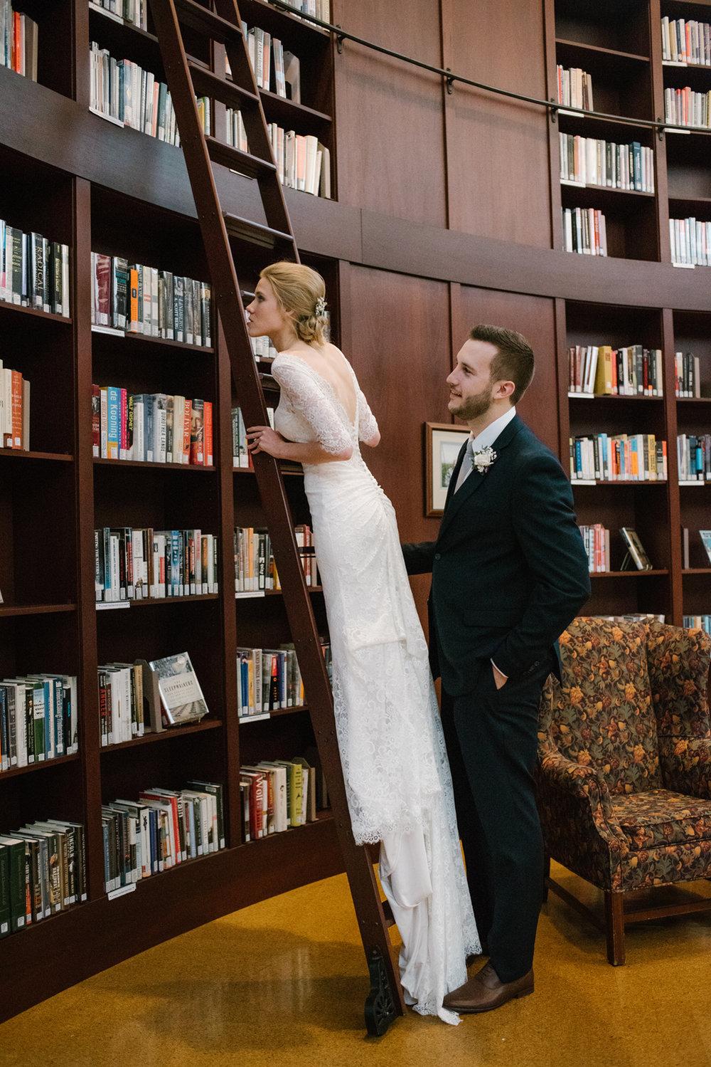 bloomington-Illinois-Wesleyan University-wedding-photographer (595).jpg
