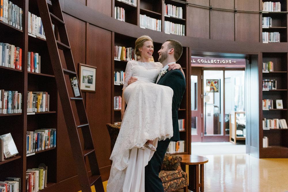 bloomington-Illinois-Wesleyan University-wedding-photographer (599).jpg