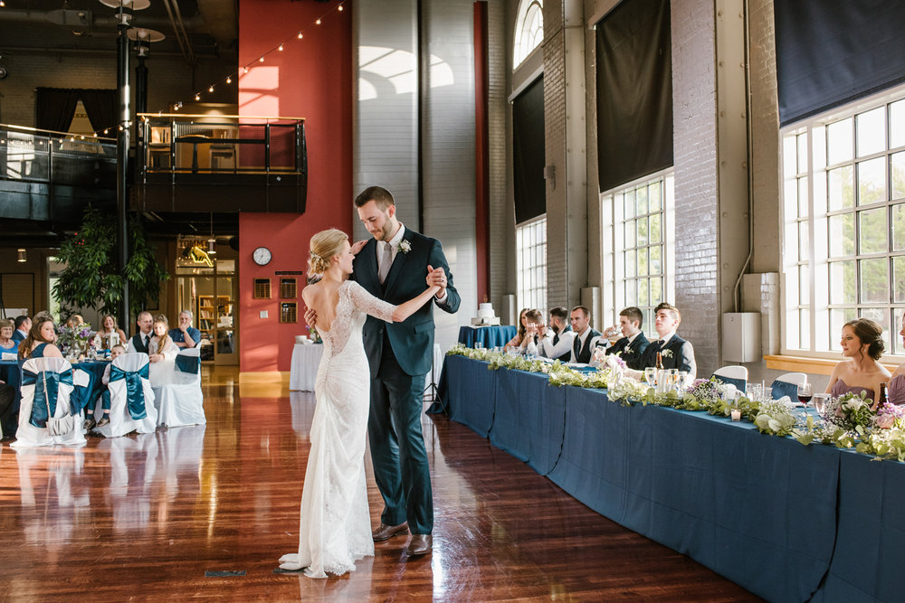 bloomington-Illinois-Wesleyan University-wedding-photographer (698).jpg