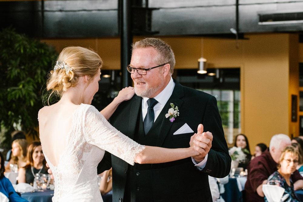 bloomington-Illinois-Wesleyan University-wedding-photographer (705).jpg