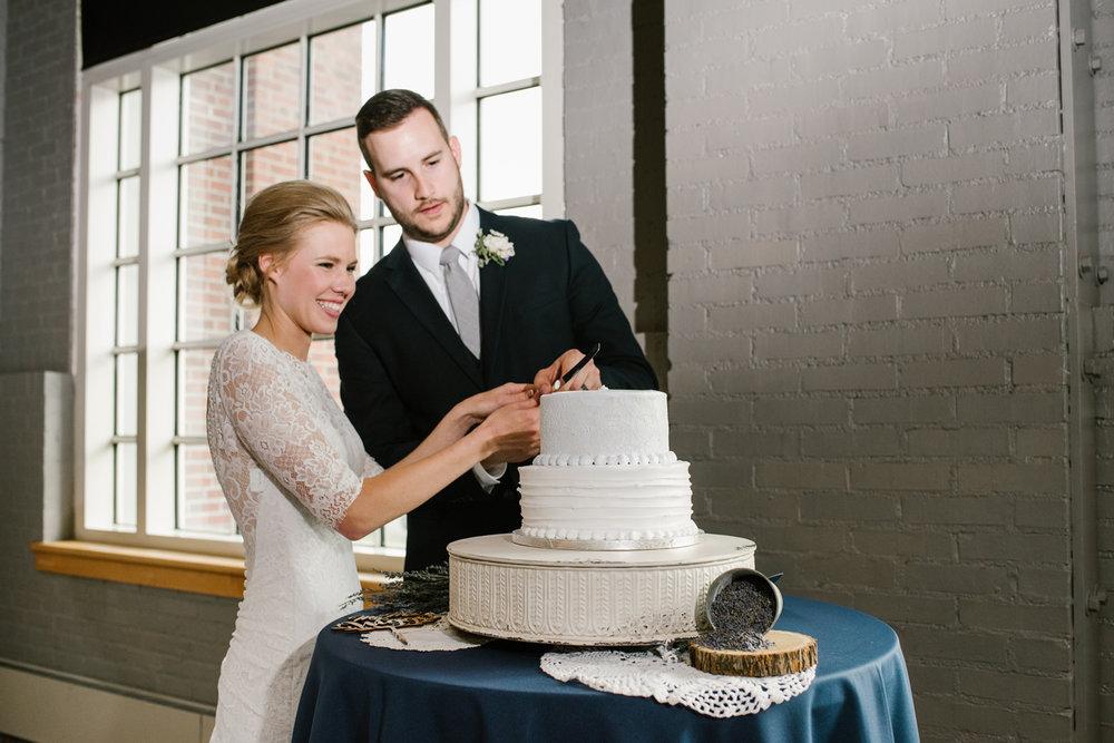 bloomington-Illinois-Wesleyan University-wedding-photographer (745).jpg