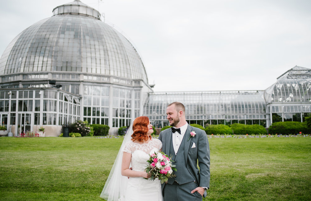 Detroit Michigan June Intimate Wedding At Belle Isle Conservatory