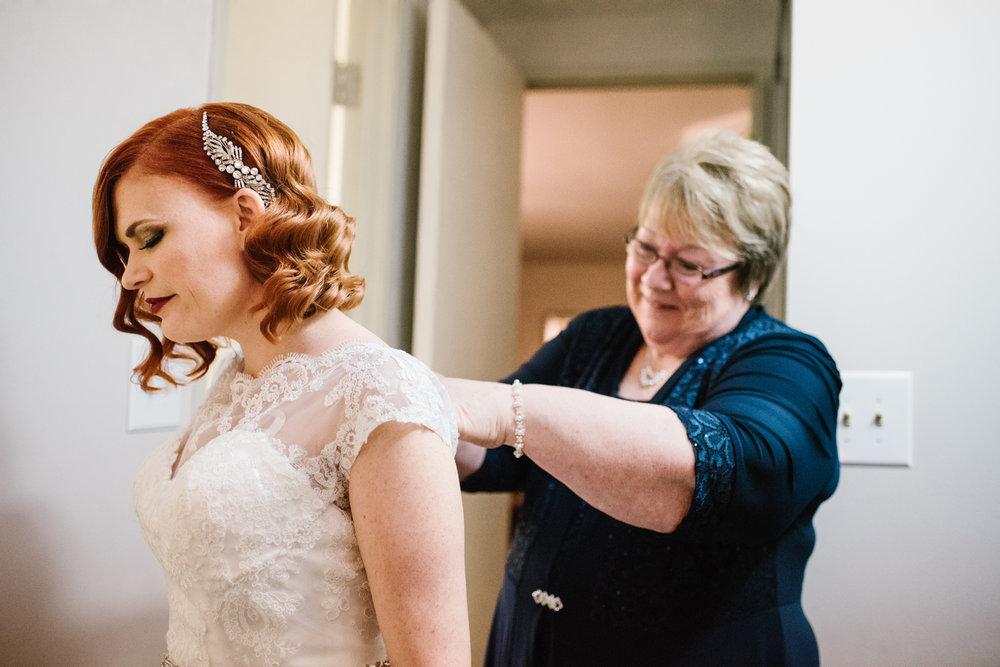 detroit-michigan-belle-isle-wedding-photographer (10).jpg