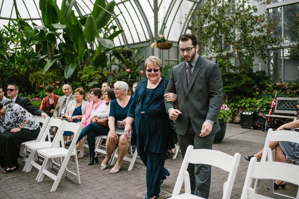 detroit-michigan-belle-isle-wedding-photographer (29).jpg
