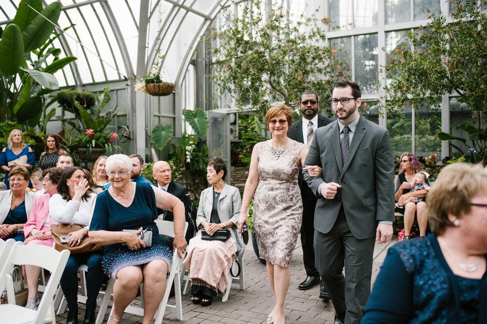 detroit-michigan-belle-isle-wedding-photographer (30).jpg
