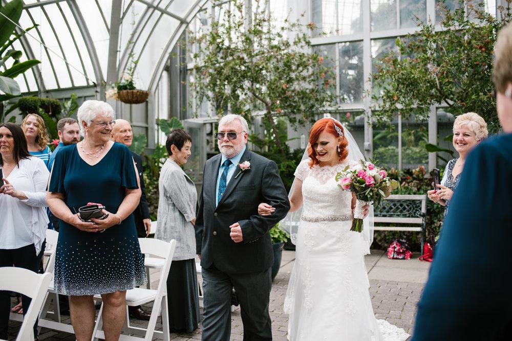 detroit-michigan-belle-isle-wedding-photographer (37).jpg