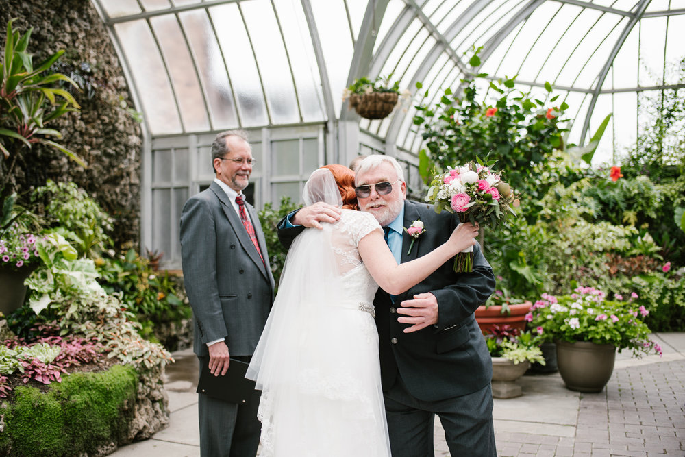 detroit-michigan-belle-isle-wedding-photographer (39).jpg