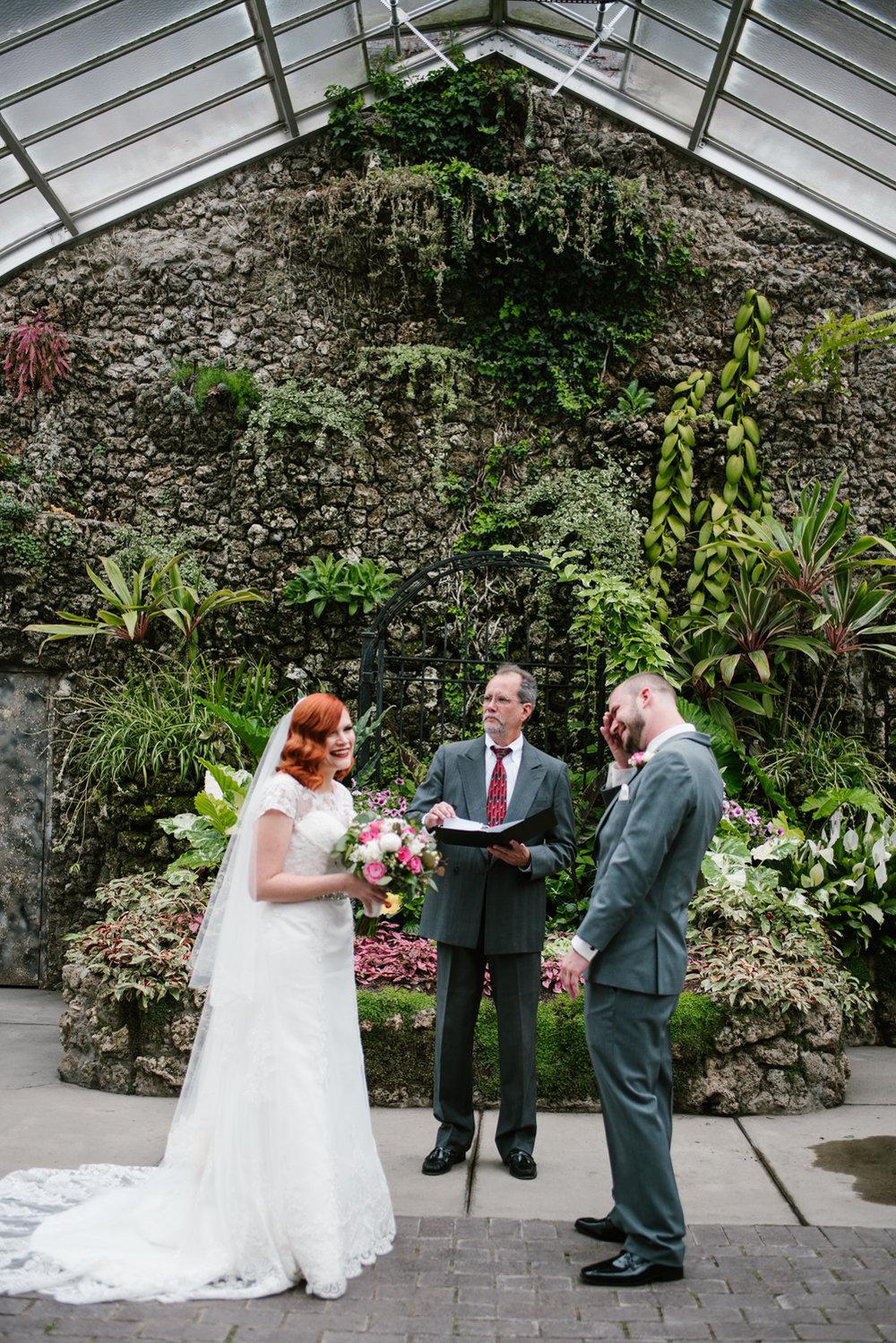 detroit-michigan-belle-isle-wedding-photographer (58).jpg
