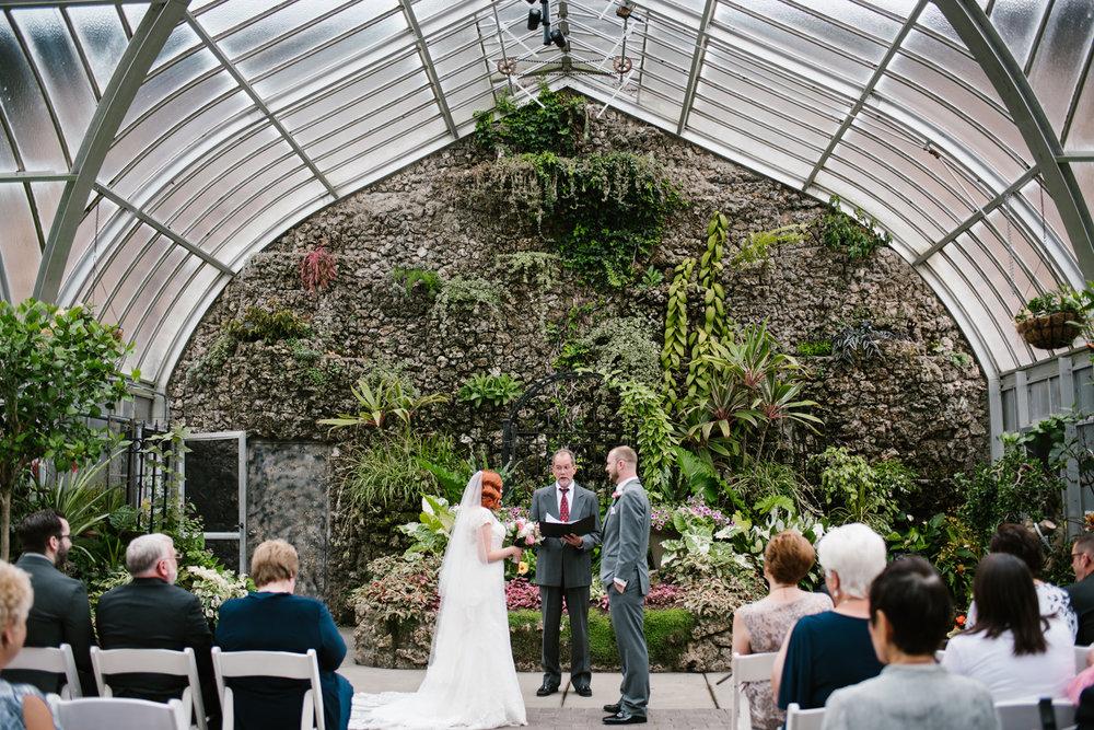 detroit-michigan-belle-isle-wedding-photographer (54).jpg