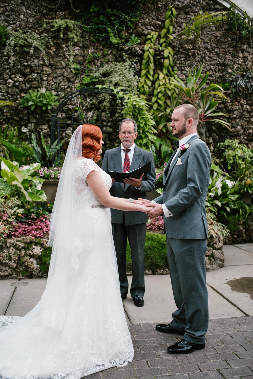 detroit-michigan-belle-isle-wedding-photographer (65).jpg
