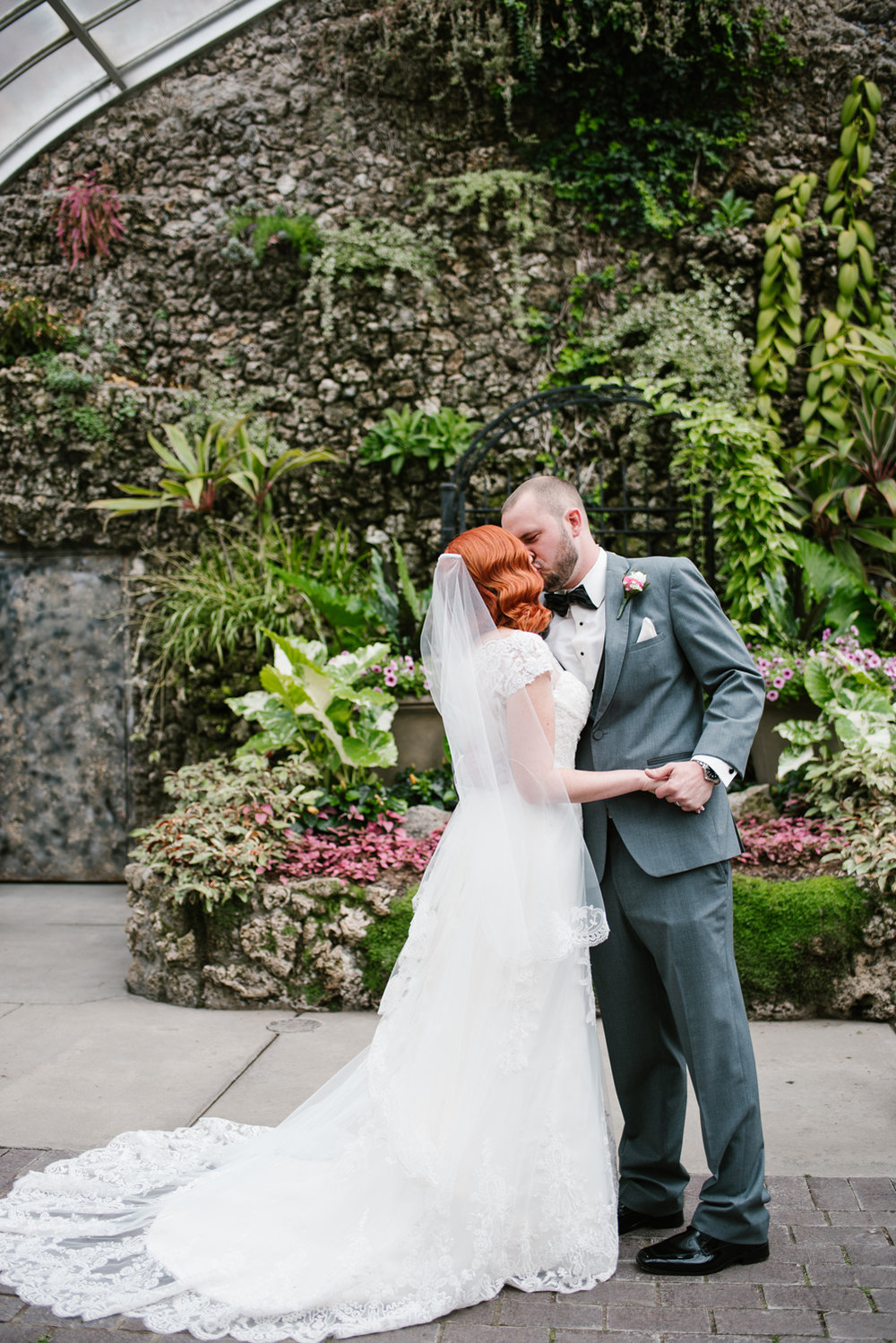 detroit-michigan-belle-isle-wedding-photographer (84).jpg