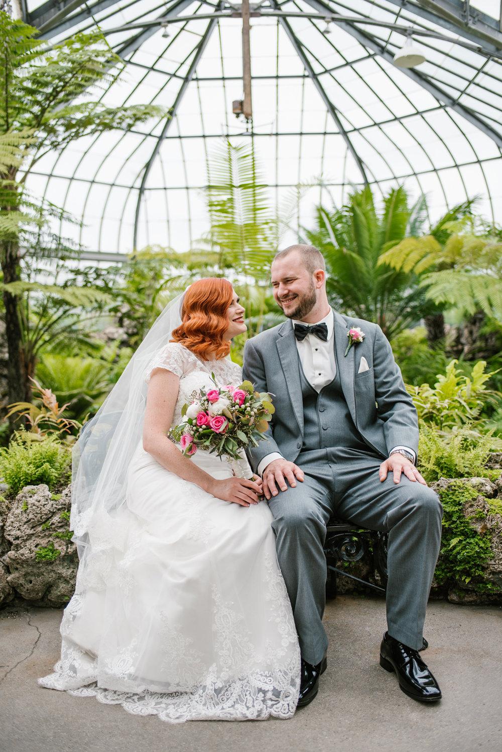 detroit-michigan-belle-isle-wedding-photographer (209).jpg