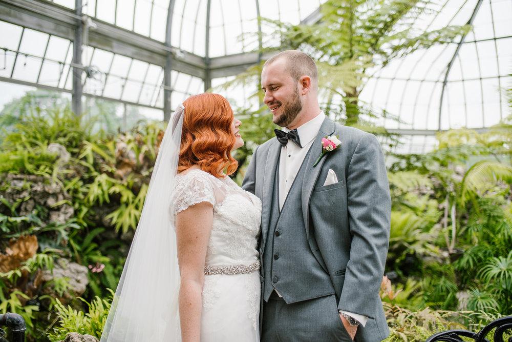 detroit-michigan-belle-isle-wedding-photographer (216).jpg