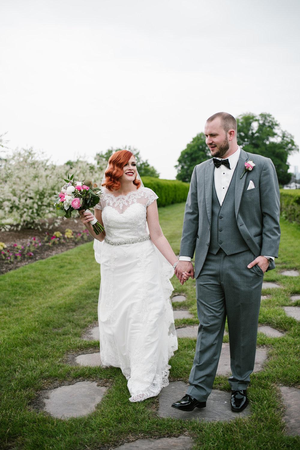 detroit-michigan-belle-isle-wedding-photographer (232).jpg