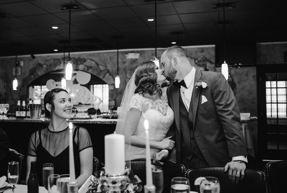 detroit-michigan-belle-isle-wedding-photographer (275).jpg