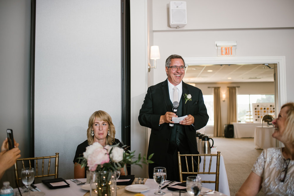 muskegon-country-club-michigan-june-wedding-photography (603).jpg