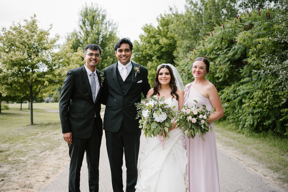 holland-michigan-wedding-photographer (13).jpg