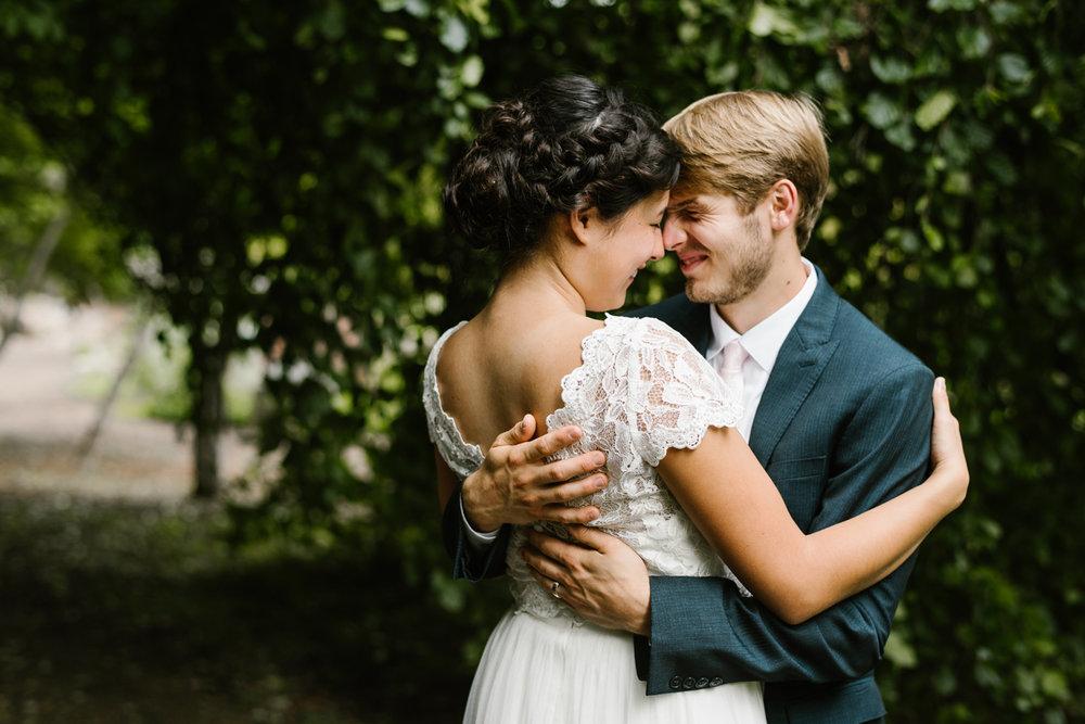 hillsdale-michigan-wedding-photographer (79).jpg