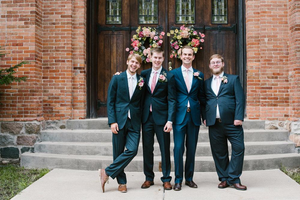 hillsdale-michigan-wedding-photographer (5).jpg