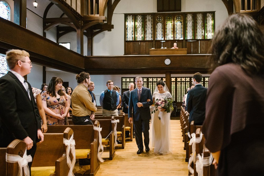 hillsdale-michigan-wedding-photographer (25).jpg